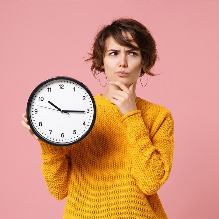 準夜勤と深夜勤の違いは「勤務時間」